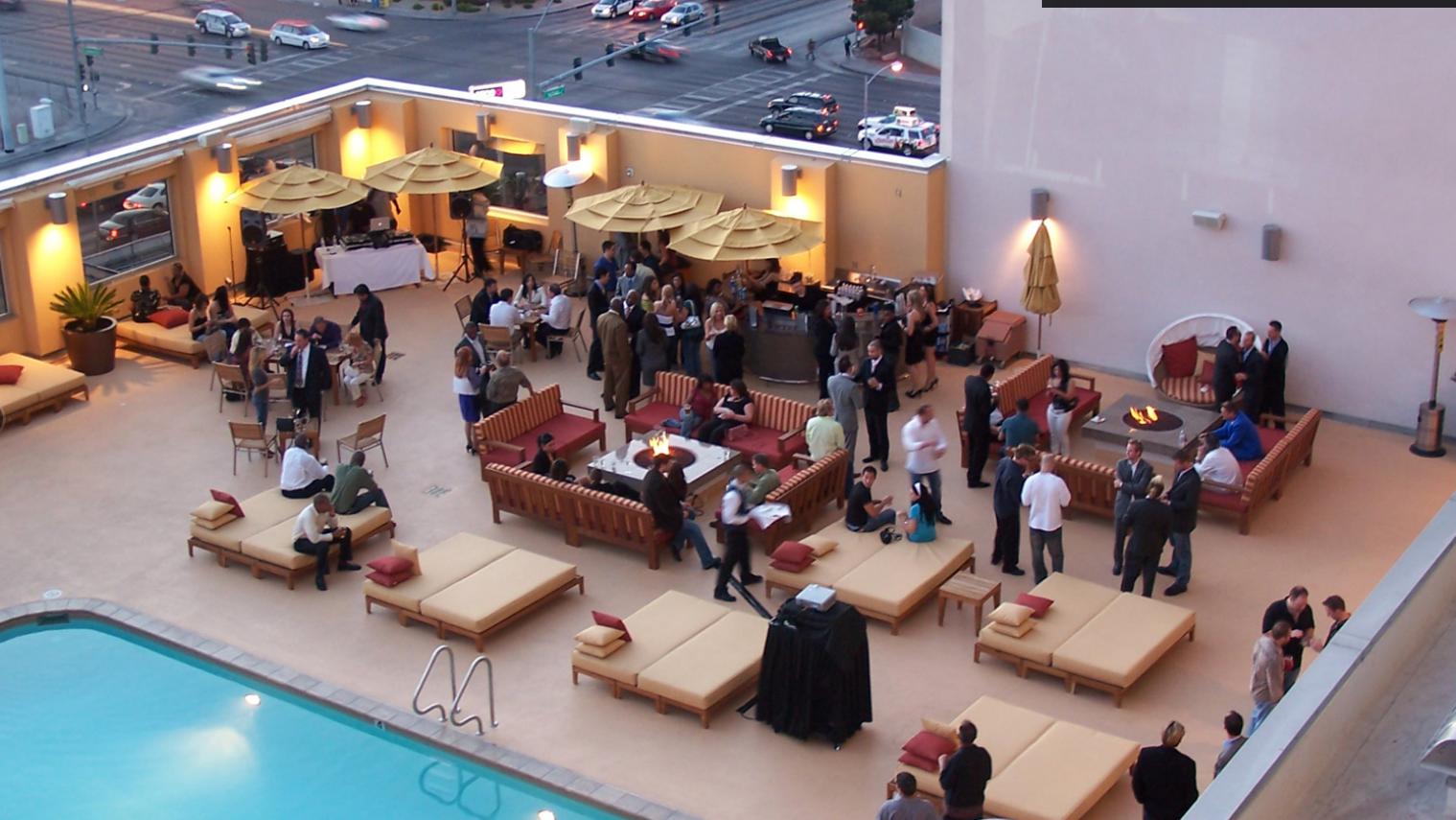 Ultimate Vegas Wedding Venue Guide Rooftop Weddings at Platinum