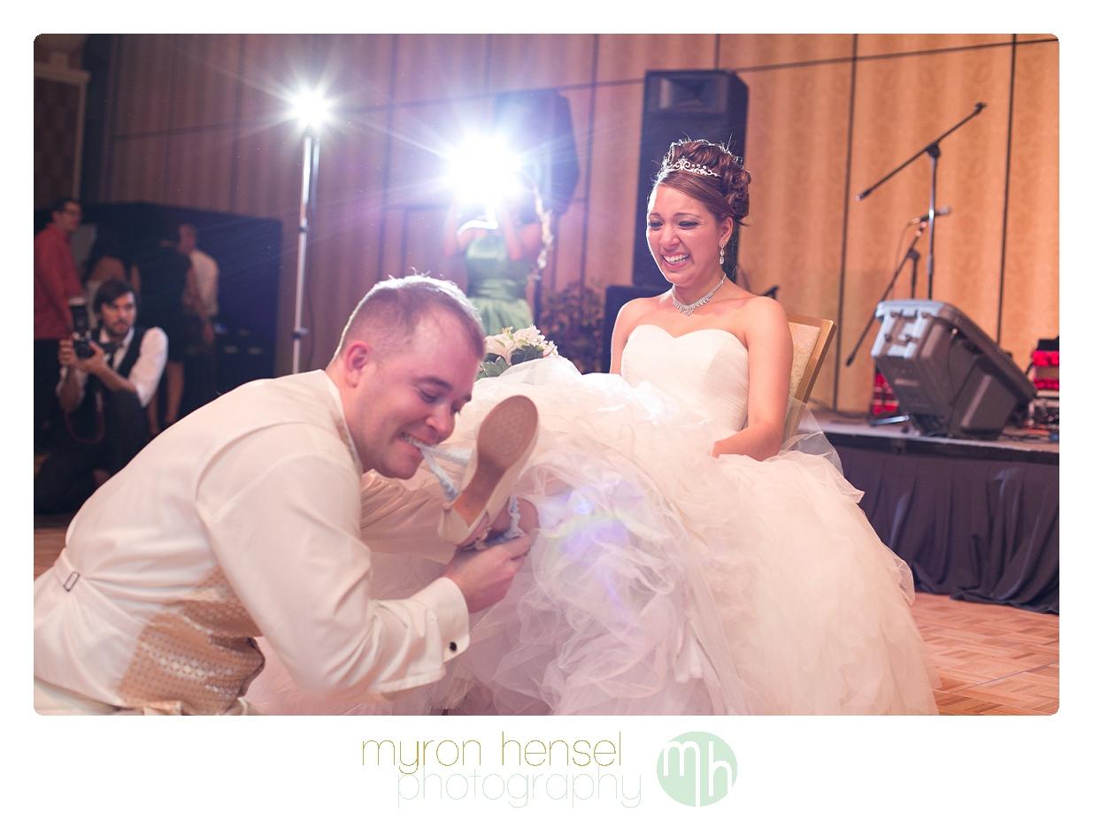 Romantic Bridal Shoot at Lake Las Vegas {St Francis of Assisi ...
