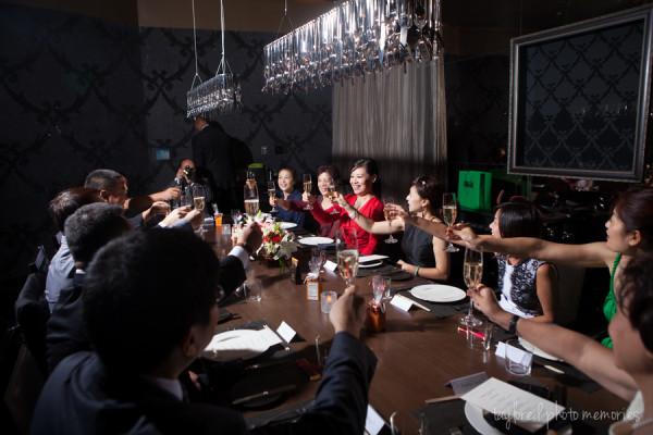 Vegas Restaurant Wedding Reception | Taylored Photo Memories