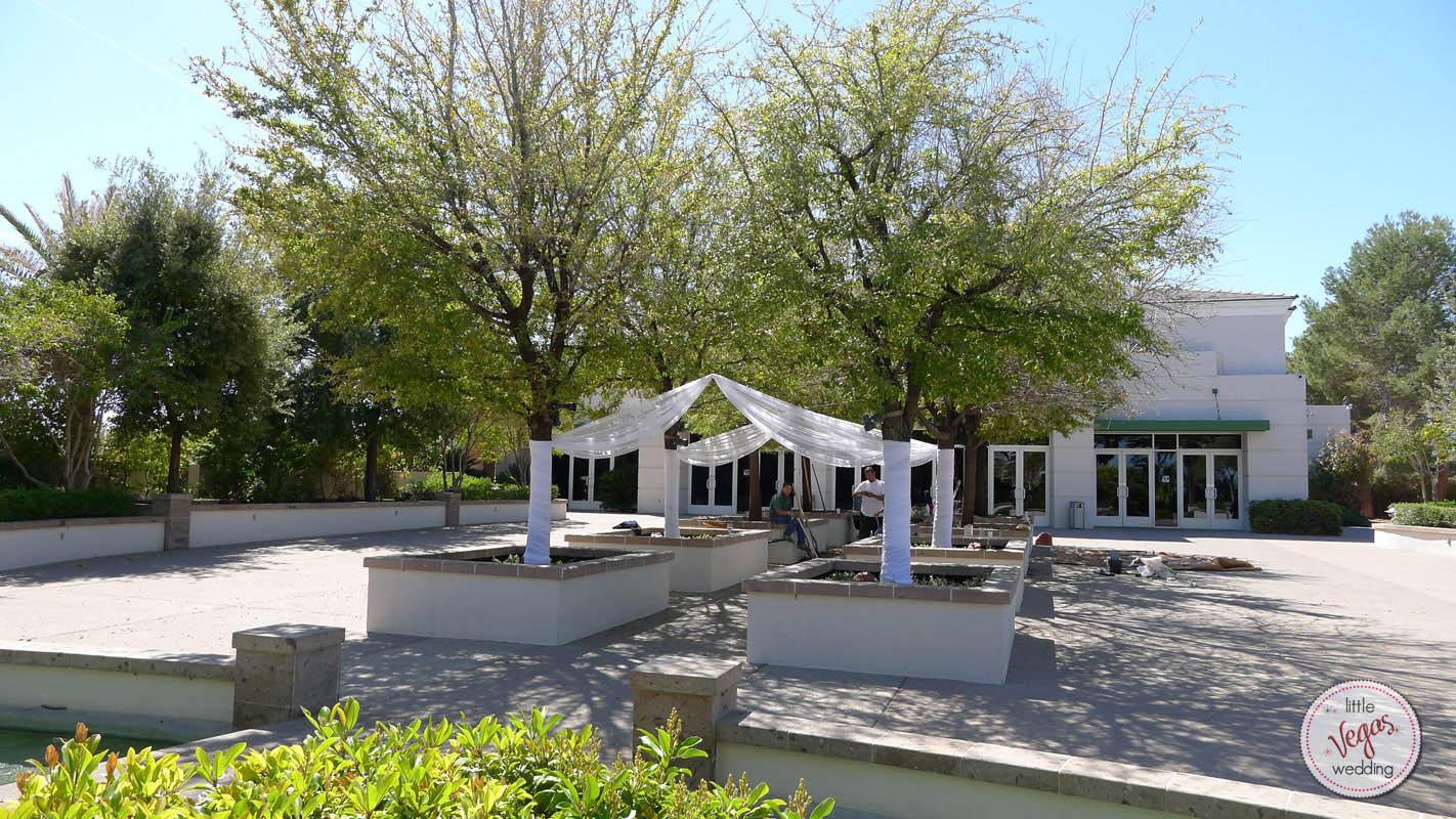 Ultimate Vegas Wedding Venue Guide Emerald At Queensridge 187 Little Vegas Wedding