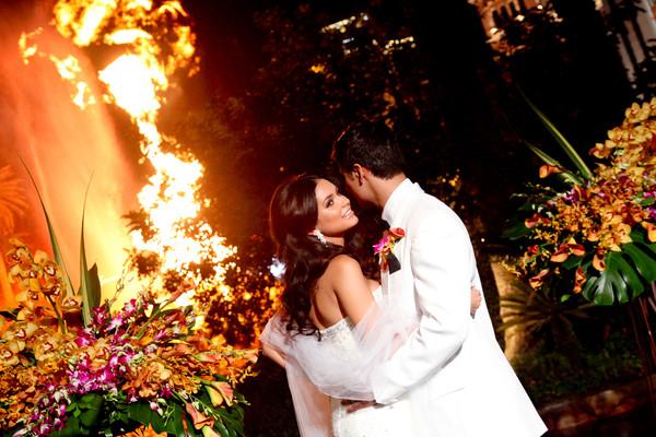 Mirage Volcano | Little Vegas Wedding Venue Guide