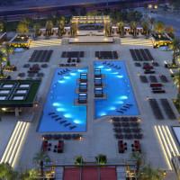 M Resort – Pool