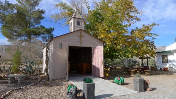 Cactus Joe's Wedding Chapel | Little Vegas Wedding