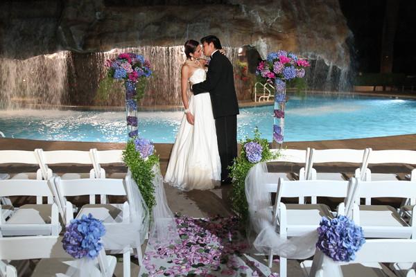 Mirage Pool Waterfall Wedding | Little Vegas Wedding
