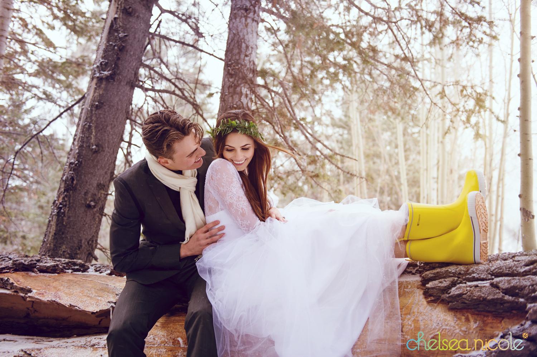 las vegas winter woodland wedding inspiration from chelsea nicole