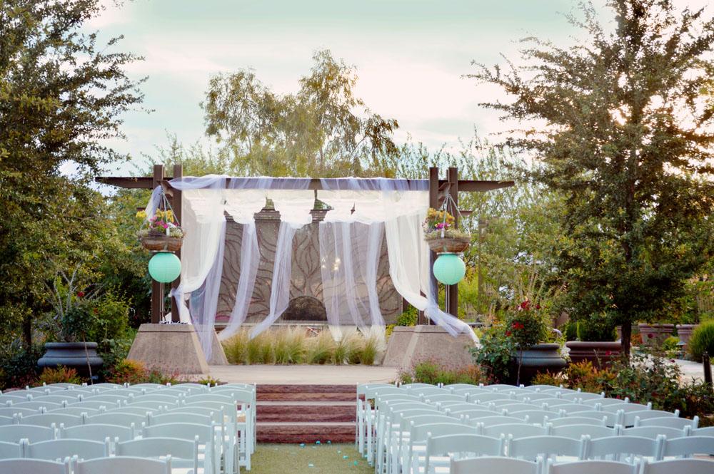springs preserve garden wedding from joa photography