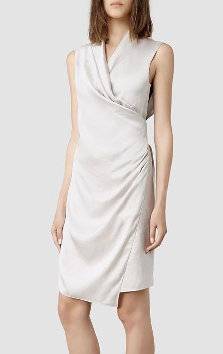 Vegas Wedding Dresses Under $700