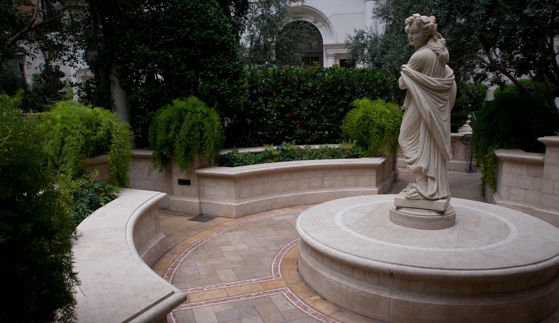Garden Romance At Venetian