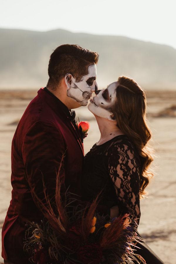 Goth Wedding Inspiration | Little Vegas Wedding