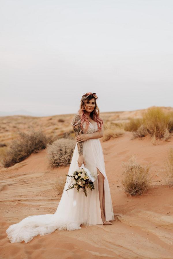 Cozy Valley of Fire Elopement | Little Vegas Wedding